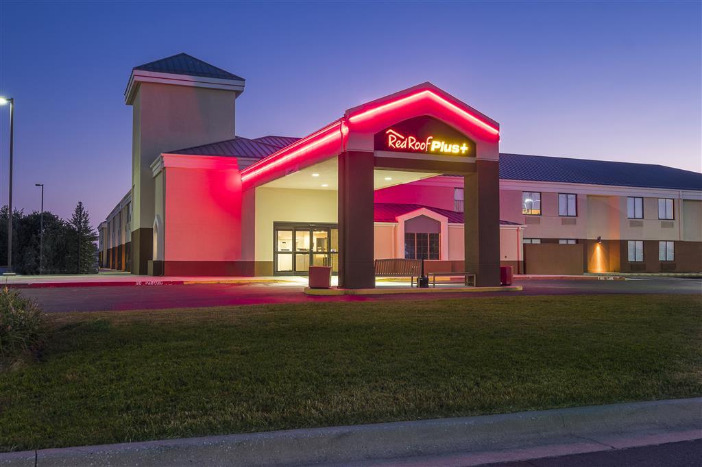Red Roof Plus+ Bentonville