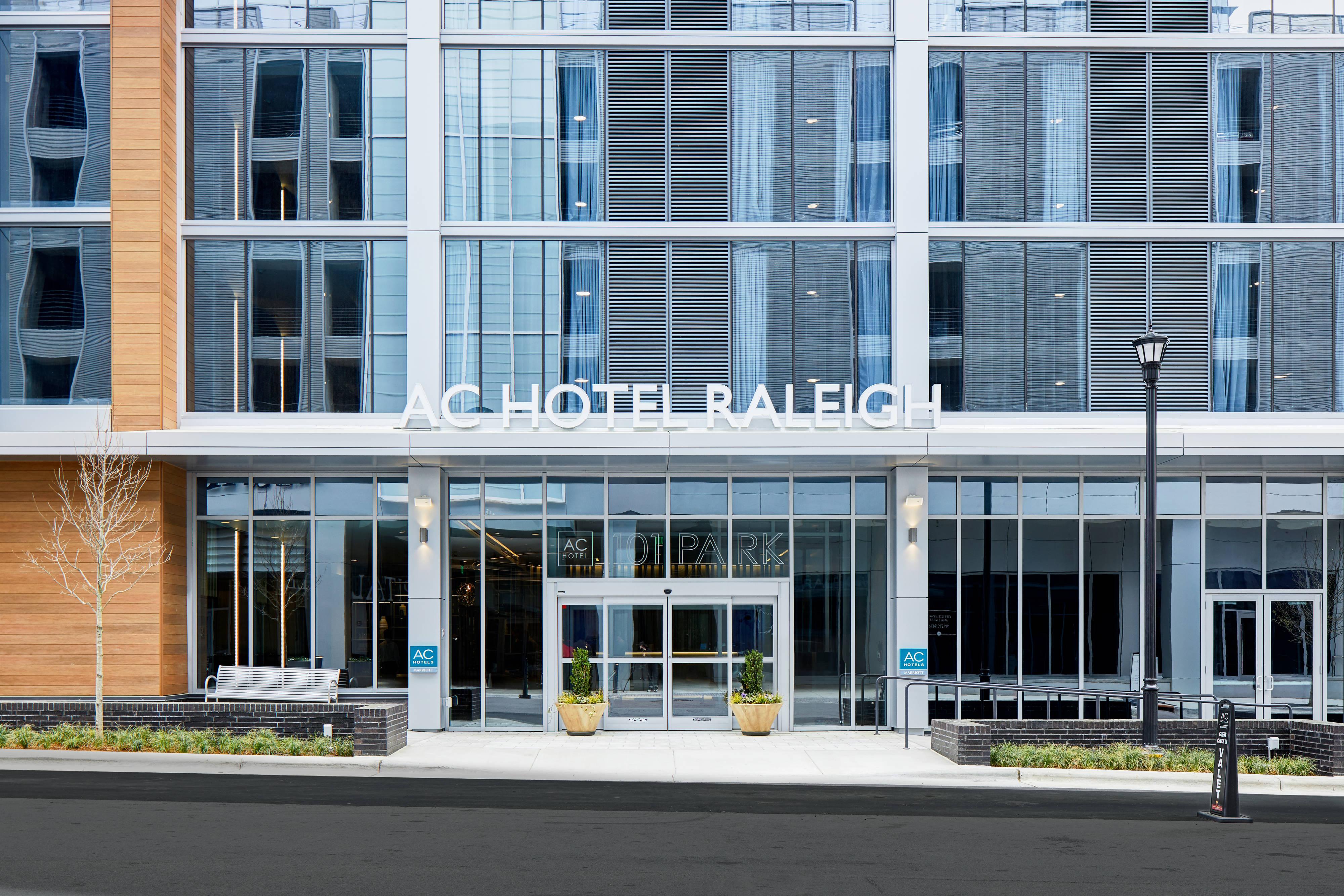 Ac Hotel By Marriott Raleigh North Hills