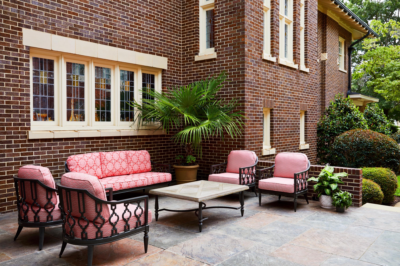 Inn At Usc Wyndham Garden