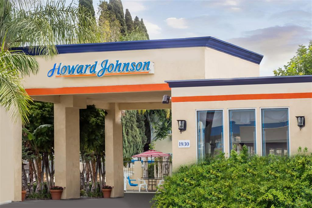 Howard Johnson Orange