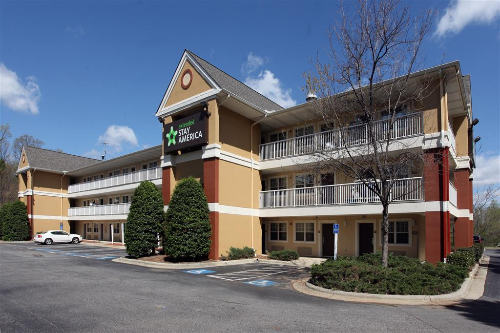 Extended Stay America - Greensboro - Wendover Ave - Big Tree Way