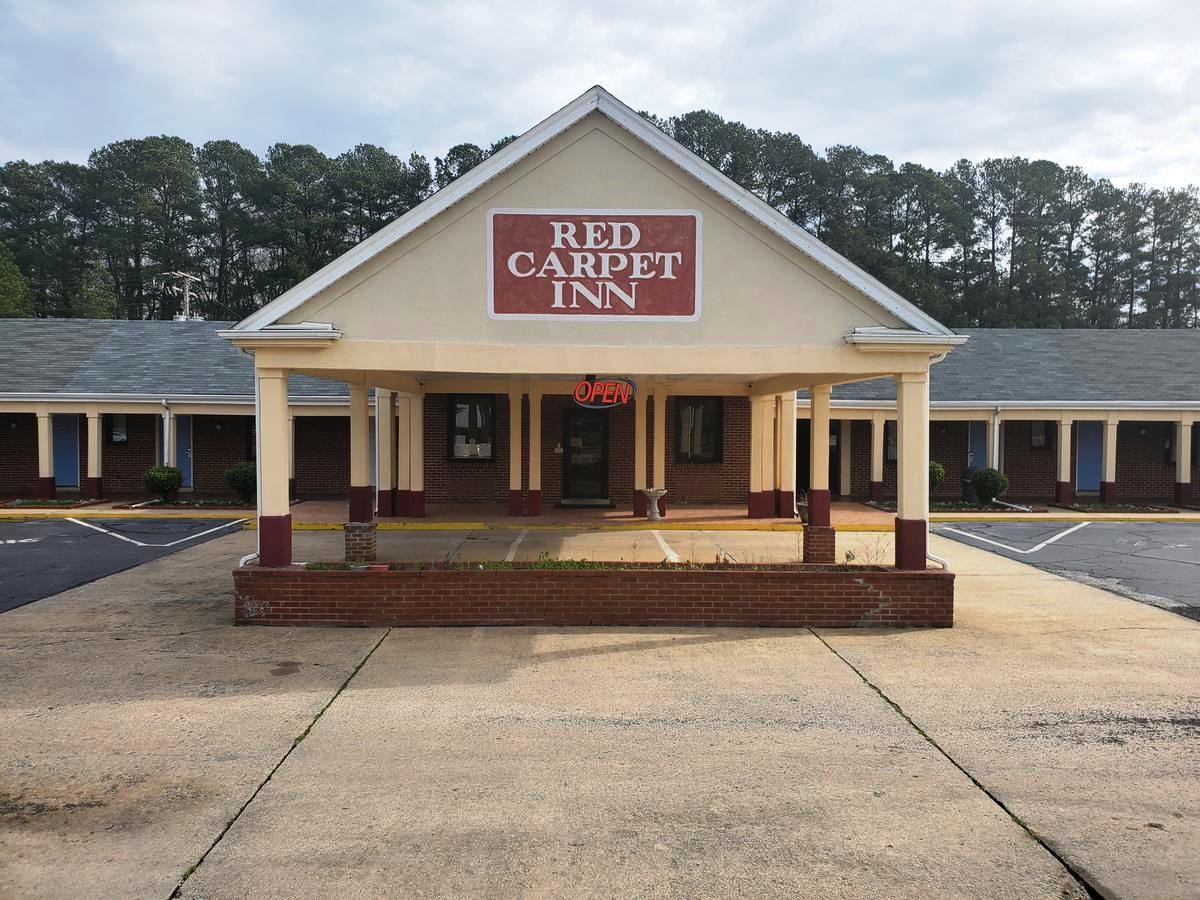 Red Carpet Inn Emporia