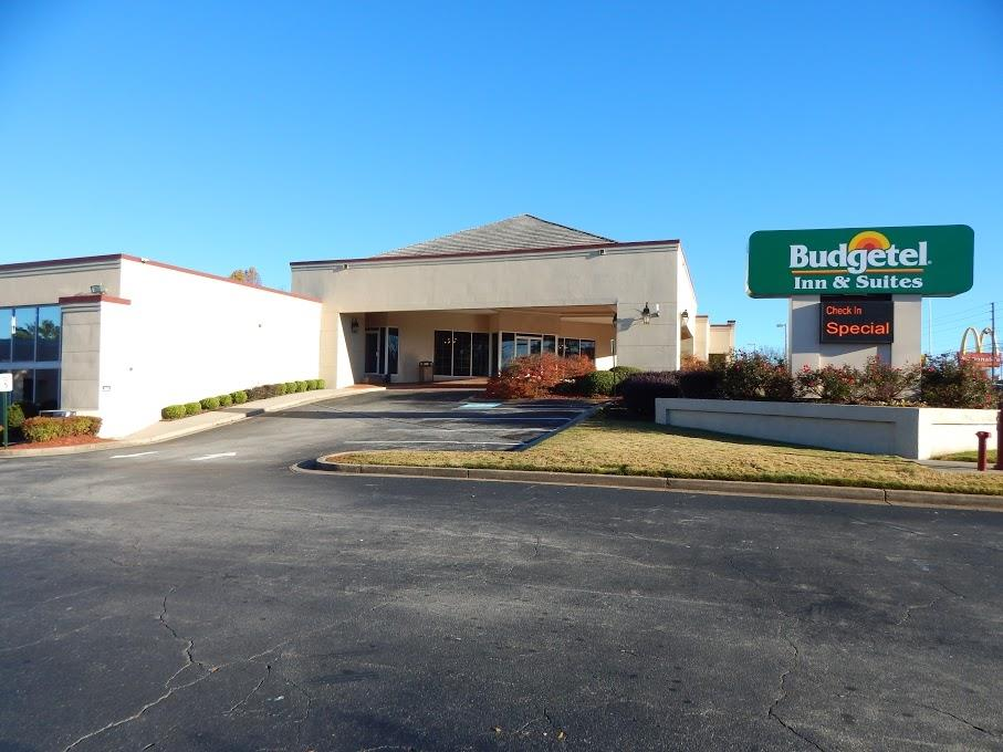 BUDGETEL INN AND SUITES GAINESVILLE