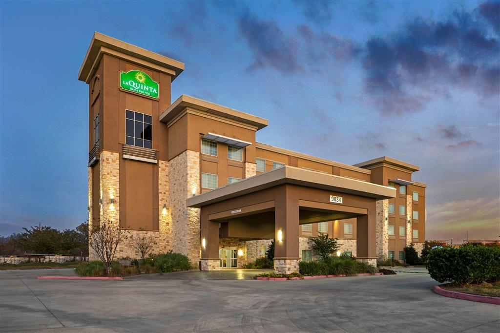 La Quinta Inn & Suites Houston Nw Beltway 8 / West Rd