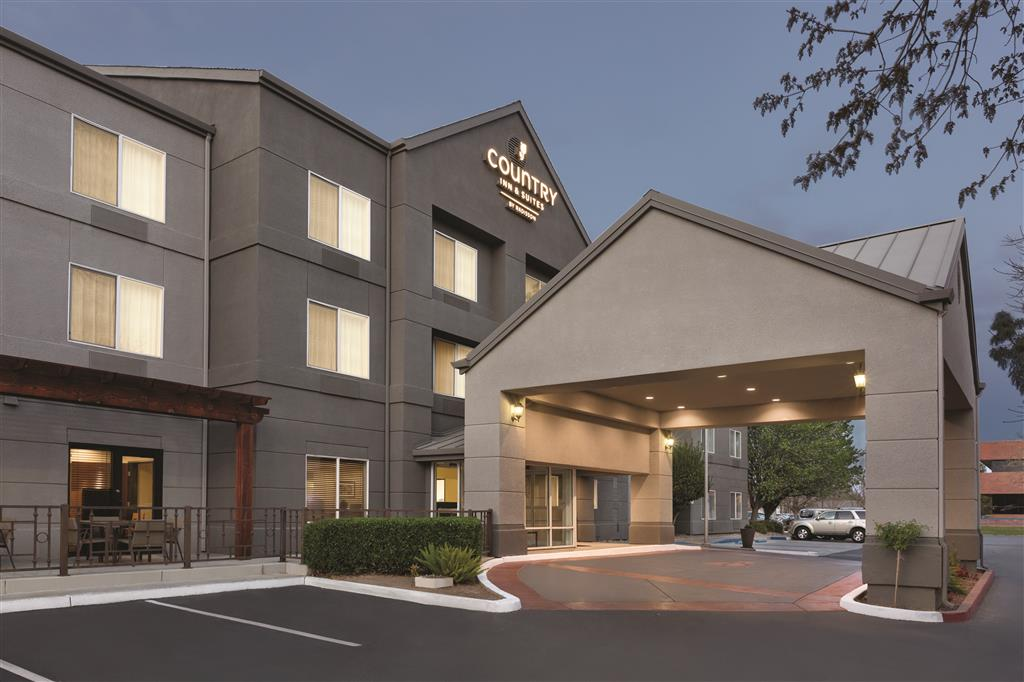 Country Inn & Suites By Carlson Fresno North