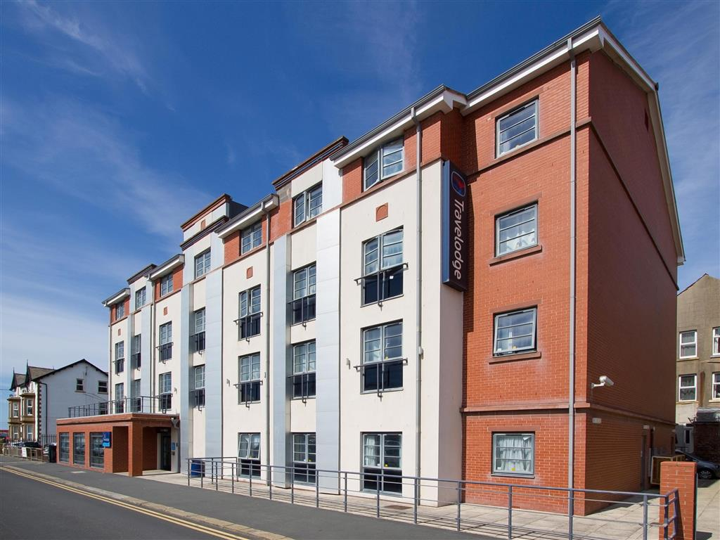 exterior view of travelodge blackpool south promenade