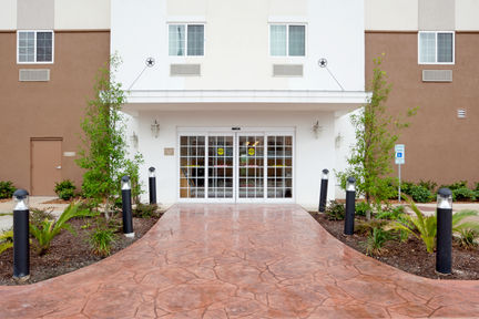 Candlewood Suites Downtown
