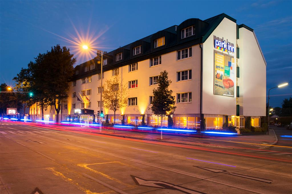 PARK INN UNO CITY VIENNA