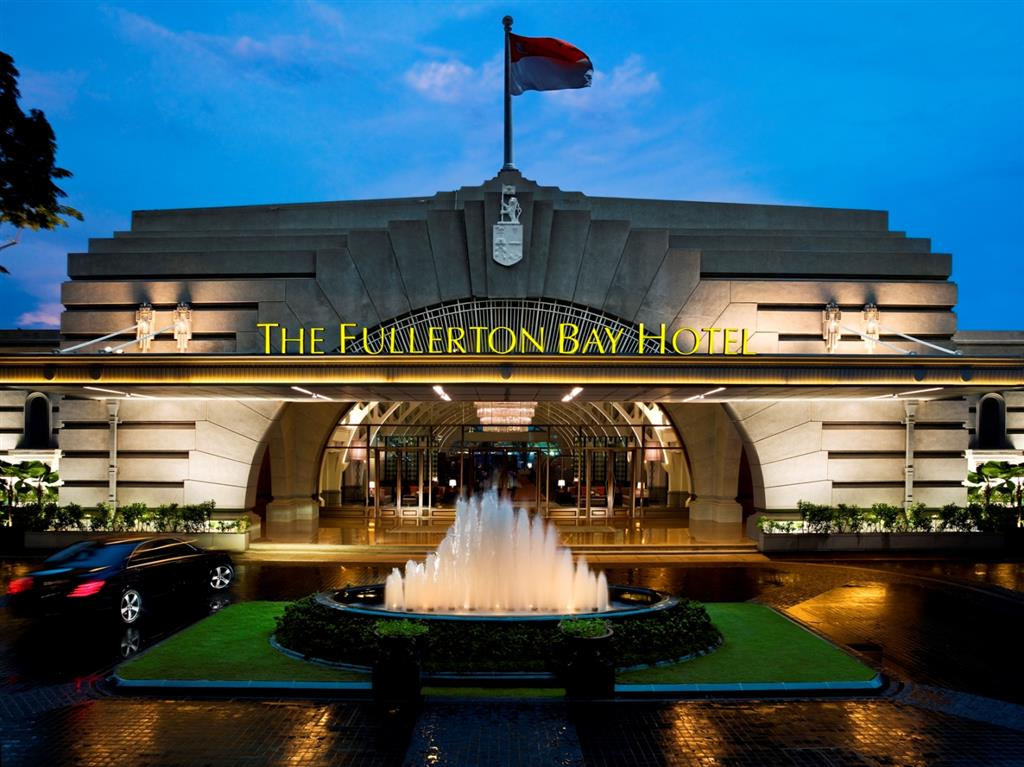 The Fullerton Bay Hotel Leg