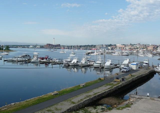 Seaport Inn And Marina