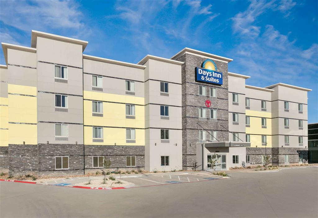 Days Inn & Suites Lubbock West