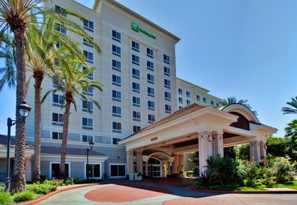 Holiday Inn Anaheim Resort