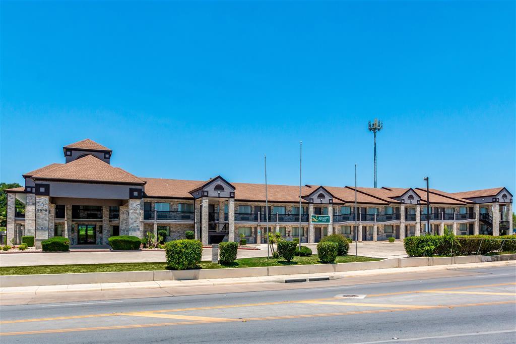 Quality Inn I-10 East Near Att Center