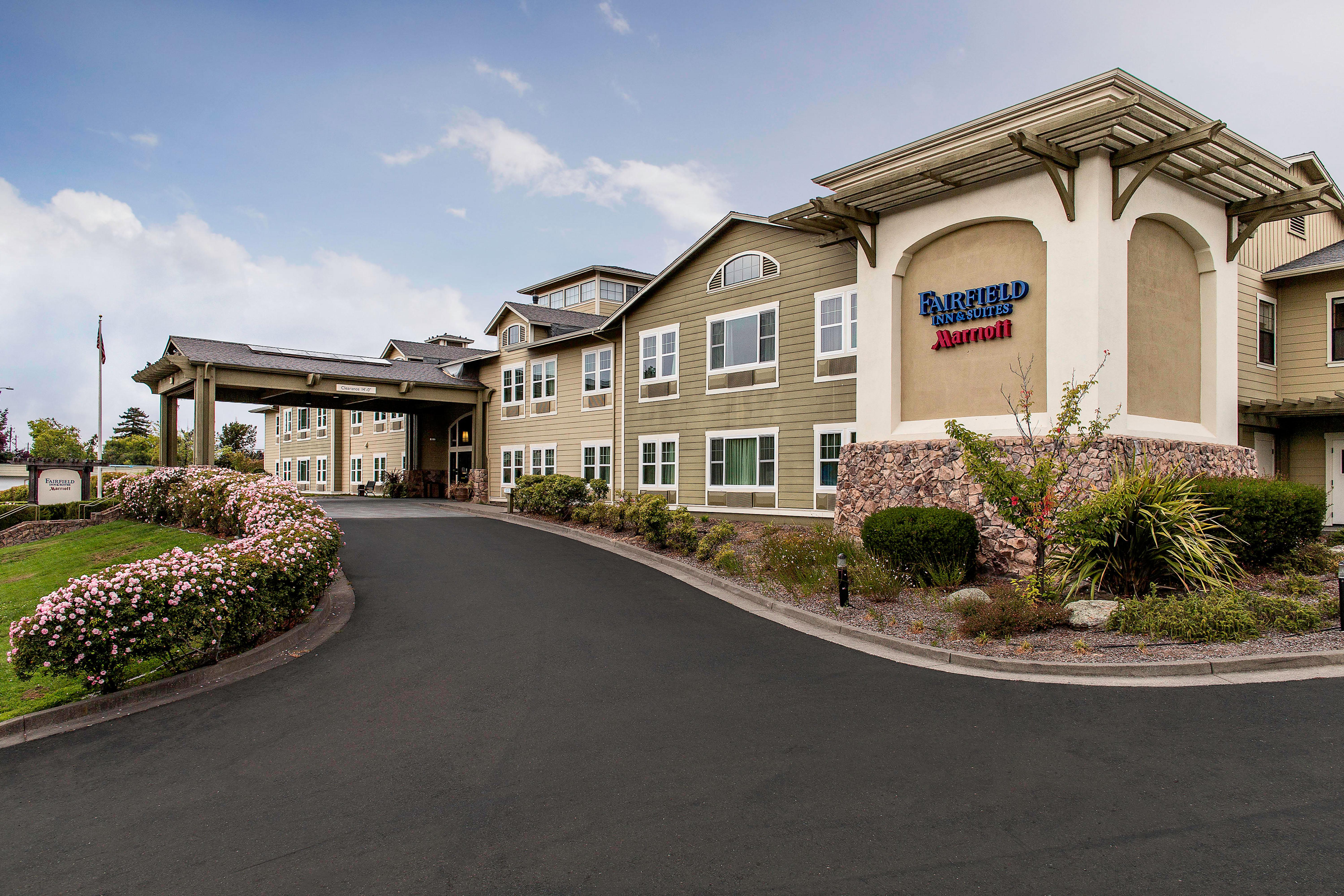 Fairfield Inn & Suites By Marriott Santa Rosa Sebastopol