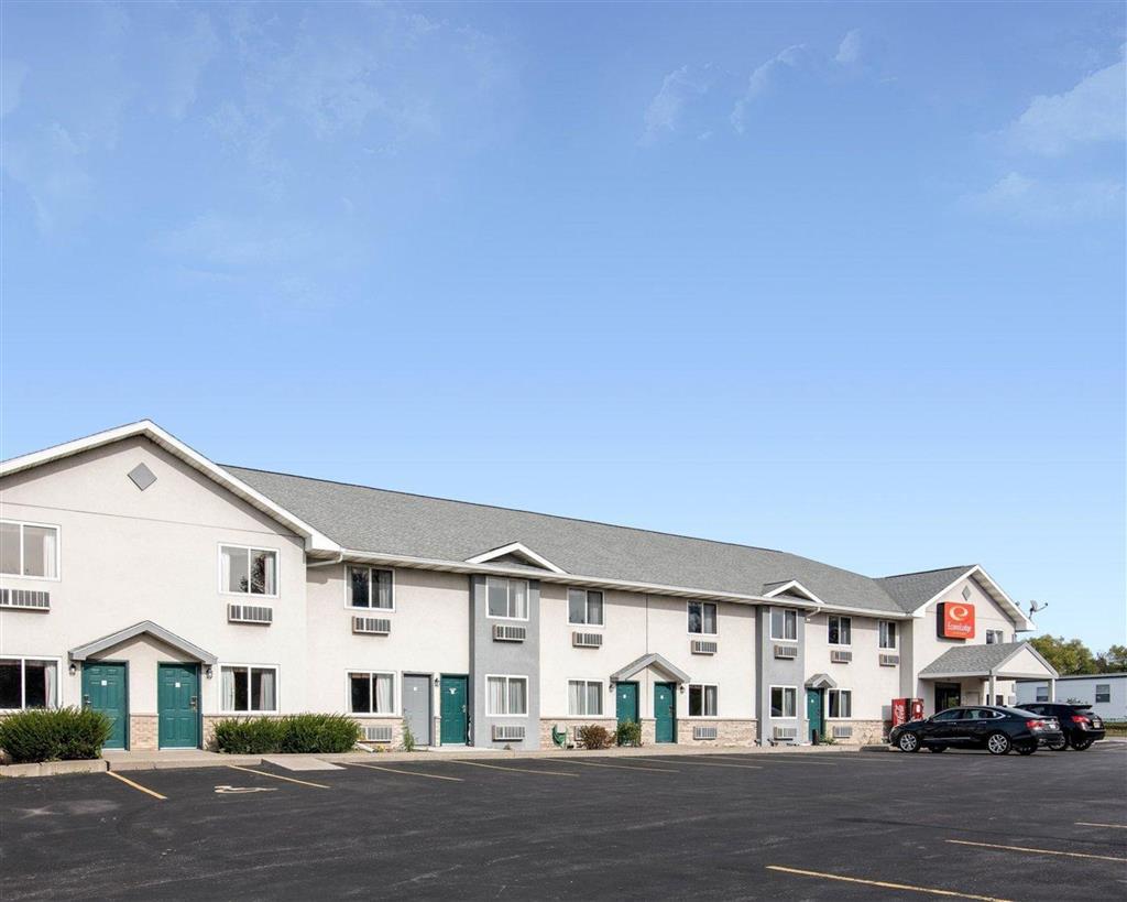 Econo Lodge Inn And Suites Canandaigua