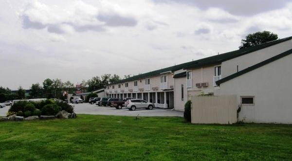 Fireside Inn   Suites, Bangor
